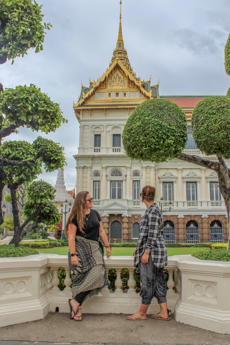 Steff and Ells at The Grand Palace Bangkok during their 2 day trip to Bangkok